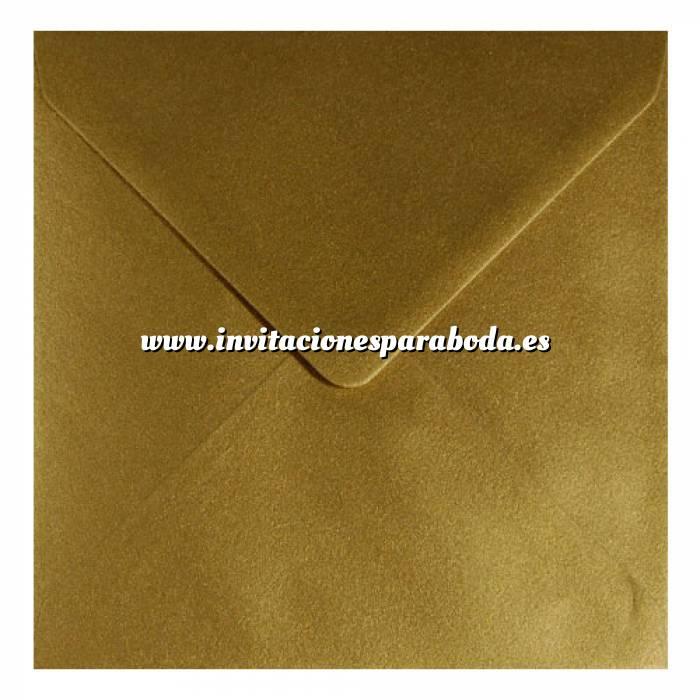 Imagen Sobres Cuadrados Sobre Dorado Metálico Cuadrado